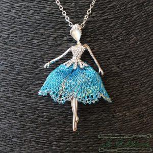 Collar Bailarina Ballet Azul - Encajes Artesanos - El Arte al alcance de tus manos