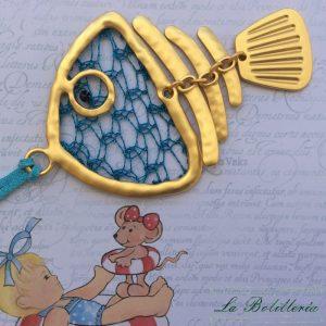 Colgante Pececillo Dorado - Encajes Artesanos - El Arte al alcance de tus manos