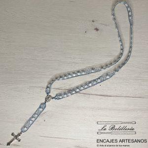 Rosario Azul con mucho Corazón - Encajes Artesanos - El Arte al alcance de tus manos